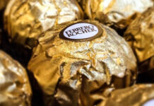 ferrero-rocher-chocolates-arnold-l-inuyaki-cc-by-2-0